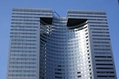 Icade va rénover la tour Descartes à la Défense - Batiweb