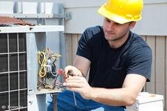 Zoom sur la formation des professionnels de la climatisation et de la réfrigération - Batiweb