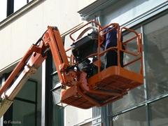 Chute mortelle d'un ouvrier sur un chantier - Batiweb