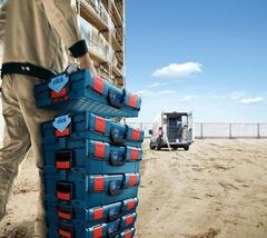 Un système ingénieux pour ranger et transporter les outils