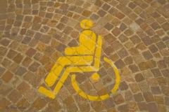 Accessibilité : deux associations de défense des handicapés refusent toujours toute dérogation - Batiweb
