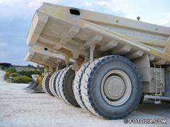 Cemex offre une toilette complète à son excavateur Goliath Batiweb