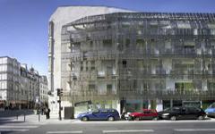 Une nouvelle peau métallique pour un immeuble de logement du Marais (diaporama)