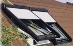 Un volet roulant de toit adaptable toutes marques