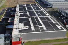 Des milliers de m2 de toitures photovoltaïques à construire - Batiweb