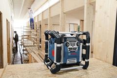 Écouter la radio sur tous les chantiers - Batiweb