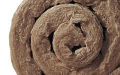 La plus grande usine de laine de verre d'Europe tourne à plein régime - Batiweb