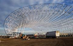 La structure du musée Aeroscopia prête à accueillir sa peau de zinc