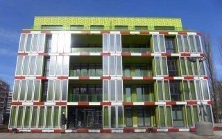 Des algues en façade fournissent l'énergie d'un immeuble passif - Batiweb