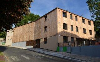 Construction : le bois résiste plutôt bien à la crise - Batiweb