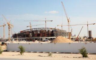 Le Qatar encadre les conditions de travail des ouvriers étrangers