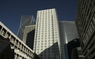 « La Tour Blanche », une rénovation HQE et BBC au coeur du quartier de la Défense - Batiweb