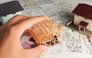 Alur : C. Duflot et M. Valls s'affrontent sur l'avenir de la loi sur le logement