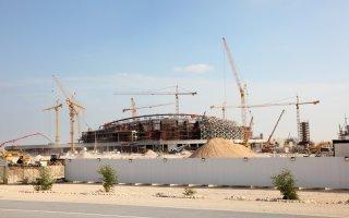Qatar : un rapport dénonce le mode de recrutement sur les chantiers