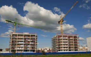 Immobilier : l'activité suspendue aux annonces de M. Valls