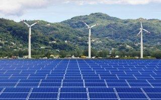 Sept nouveaux parcs éoliens et deux centrales photovoltaïques prévus en France en 2015