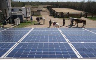 Une installation photovoltaïque conçue pour se fondre dans le paysage