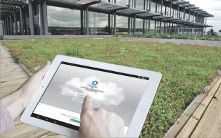 Une toiture végétalisée connectée pour optimiser la gestion des eaux pluviales - Batiweb