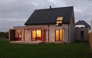 Une maison ossature mixte bois/béton atteint la norme RT 2012 - Batiweb