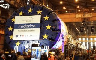 Lyon-Turin : le tunnelier Federica entrera en action cet été  Batiweb
