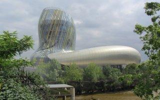 Derniers préparatifs pour la Cité du Vin avant son inauguration le 31 mai