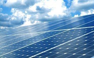 Energies renouvelables : une ferme solaire perchée dans les nuages