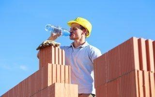 Pic de chaleur : les mesures à prendre sur les chantiers - Batiweb