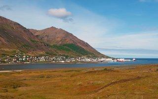En Islande, un rocher déterré pour calmer les elfes
