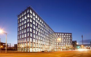 Philips, Somfy et Serge Ferrari livrent les clés de la rénovation énergétique Batiweb