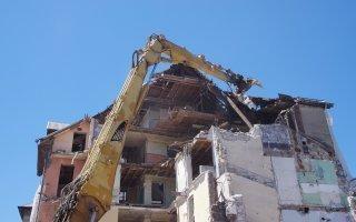 Accident sur chantier: un ouvrier écrasé par un ascenseur en chute