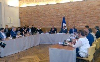 Emmanuel Macron en dit plus sur sa réforme du logement Batiweb