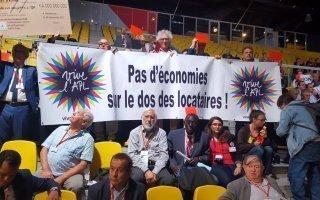 Emmanuel Macron demande plus d'efforts aux acteurs du logement social
