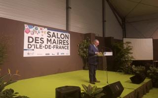 Jacques Mézard inaugure le 22e Salon des Maires d'Ile-de-France