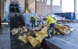 Isover lance une filière de recyclage des déchets de laine de verre