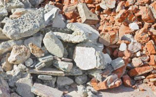 Déchets du bâtiment : quelles responsabilités pour les maîtres d'ouvrage ?  Batiweb