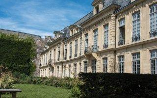 Contradictions en cascade autour de l'annulation de l'encadrement des loyers à Paris  Batiweb