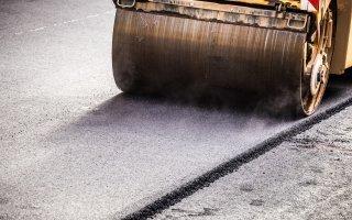 Pénurie de bitume : les entreprises routières tirent la sonnette d'alarme