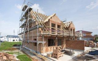 Les maisons individuelles mises en péril par la suppression de nombreuses aides Batiweb
