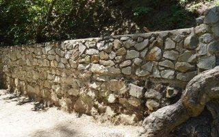 Il est permis de modifier un mur mitoyen