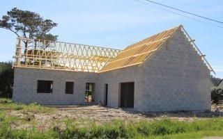 Faire construire sa maison coûte en moyenne 298 100 €  Batiweb