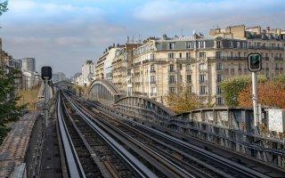 Une hausse des taxes pour financer le Grand Paris Express ? Le Medef s'indigne !