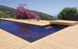 Une piscine intelligente et autonome avec BIOPOOLSAFE Batiweb