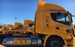 Inédit : Kiloutou s'engage dans des livraisons responsables avec des tracteurs routiers GNV Batiweb