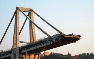 La déconstruction du pont de Gênes est en cours