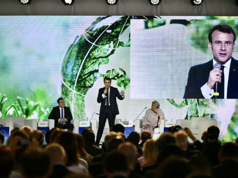 """""""Inaction climatique"""" : Emmanuel Macron déterminé à agir pour la planète - Batiweb"""