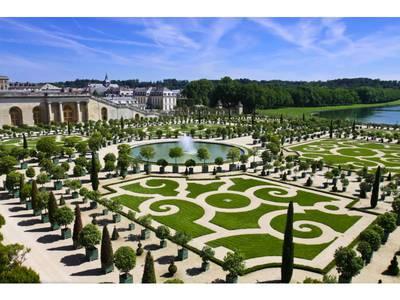 1ère Biennale d'architecture et de paysage à Versailles : le Grand Paris à l'honneur Batiweb
