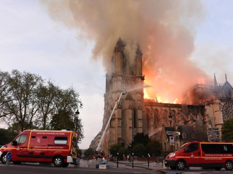 Notre-Dame de Paris : après l'émotion, place à la reconstruction