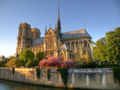 Lancement d'un concours d'architecture pour rebâtir la flèche de Notre-Dame Batiweb