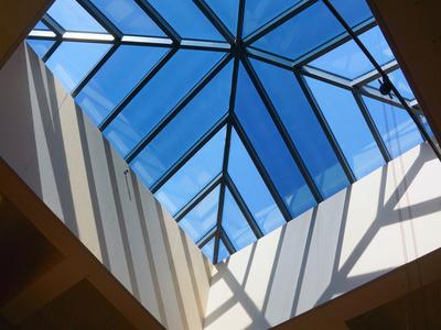 Bluetek propose un outil pour optimiser la lumière naturelle dans un bâtiment Batiweb