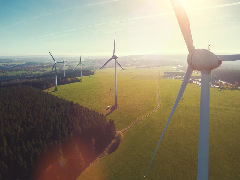Des drones qui prennent soin des éoliennes - Batiweb